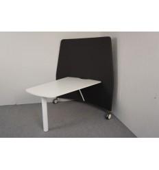 Mobilt bord med afskærmning, demo