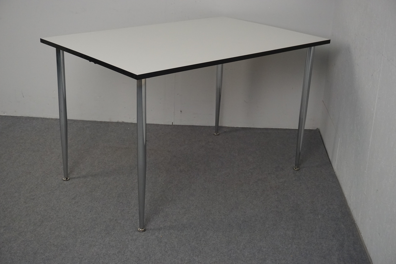 Møde-Kantinebord, demo 1 stk. på lager